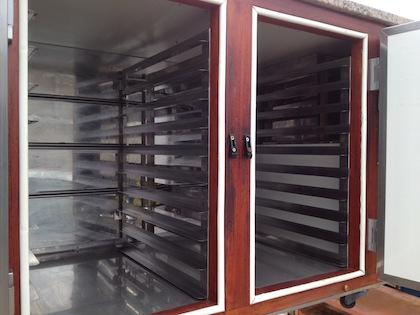 Tour pâtissier 400 x 600 reconditionné  chez Applanat , même à l'intérieur !