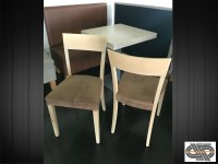 Lot 24 chaises de restauration : mobilier CHR