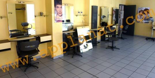 Equipement complet de mobilier pour salon de coiffure for Mobilier salon de coiffure occasion