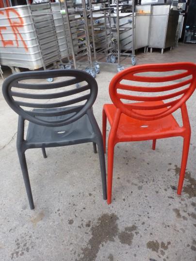 chaises design italien r sine rouge anthracite occasion vendu. Black Bedroom Furniture Sets. Home Design Ideas