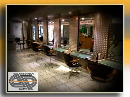 mobilier et quipement salon de coiffure design indus occasion vendu. Black Bedroom Furniture Sets. Home Design Ideas
