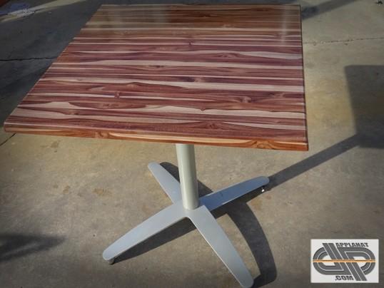 lot de 12 tables bistrot plateau basculant carr occasion vendu. Black Bedroom Furniture Sets. Home Design Ideas
