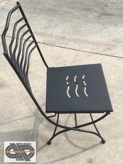 Lot de 32 chaises en fer forg noires occasion vendu for Chaise longue fer forge occasion