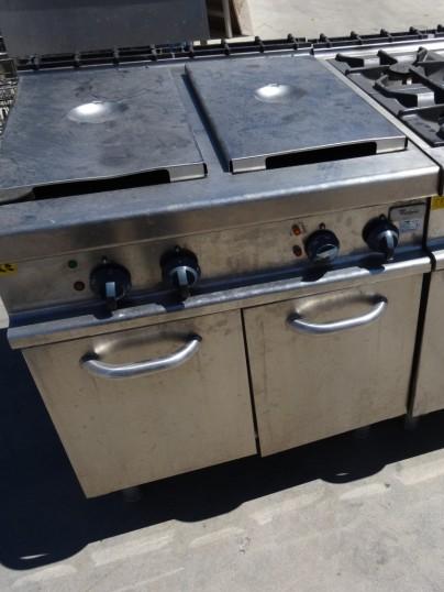 friteuse gaz 2x15 litres sur coffre 900 series. Black Bedroom Furniture Sets. Home Design Ideas