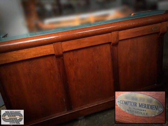 tr s beau petit comptoir de bar r frig r 2m60 menuiserie artisanale occasion vendu. Black Bedroom Furniture Sets. Home Design Ideas