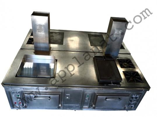 fourneau central molteni occasion 19 990 00 ht. Black Bedroom Furniture Sets. Home Design Ideas
