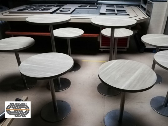 lot mobilier chr tables rondes et manges debout occasion