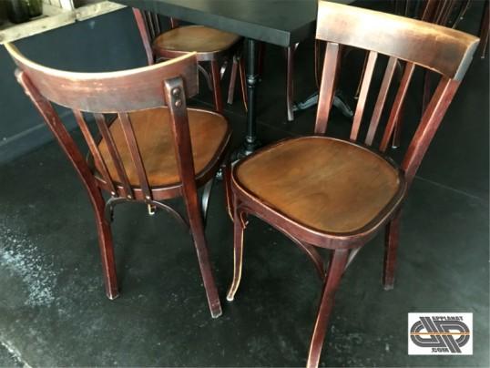 Lot 15 chaises restaurant bois BAUMANN occasion VENDU